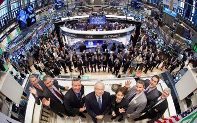 Фондовые биржи: функции, плюсы и минусы, инструменты